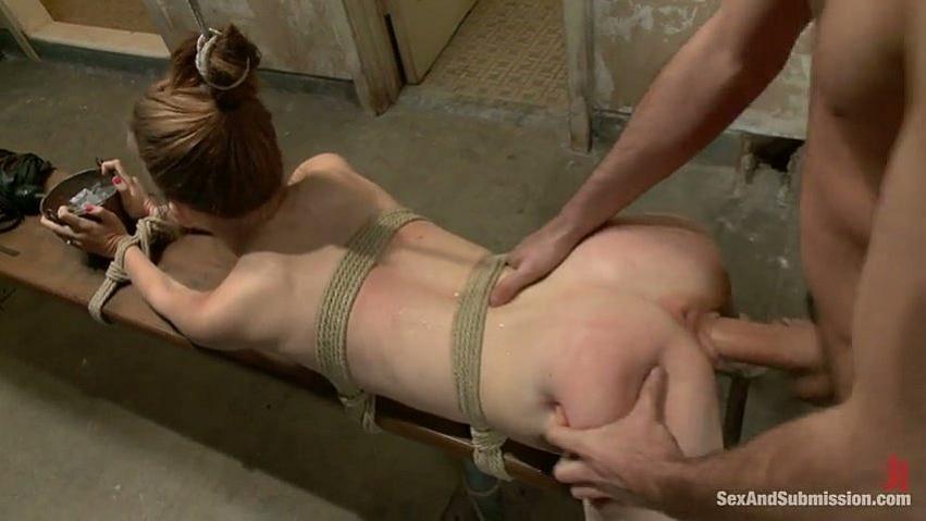 Смотреть фильмы онлайн бесплатно порно истязание бондаж жестко фото 337-425
